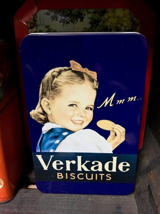 Founded in 1886 in Zaandam in the Netherlands, starting off mainly with the production of bread and rusks, Verkade has brought a wide range of delicious biscuits and chocolate to Dutch consumers ever since. Or so their website claims.