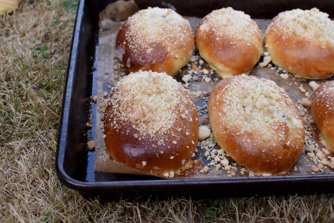 Jagodzianki, Polish bilberry buns
